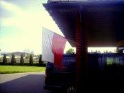 Dzień Flagi 2015 Dom Pogrzebowy w Zdunach. Prywatna firma zadbała o ekspozycję biało-czerwonej flagi.